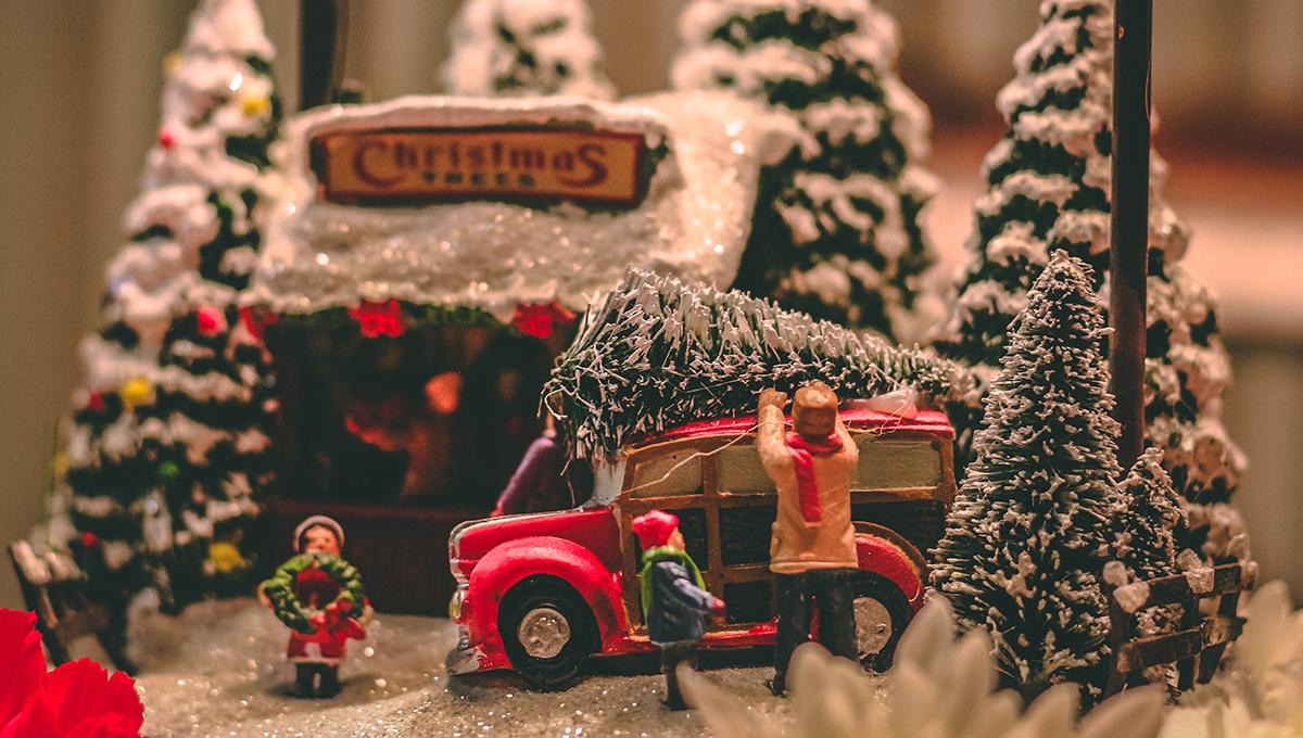 クリスマス前に必読! 年齢別おもちゃの選び方