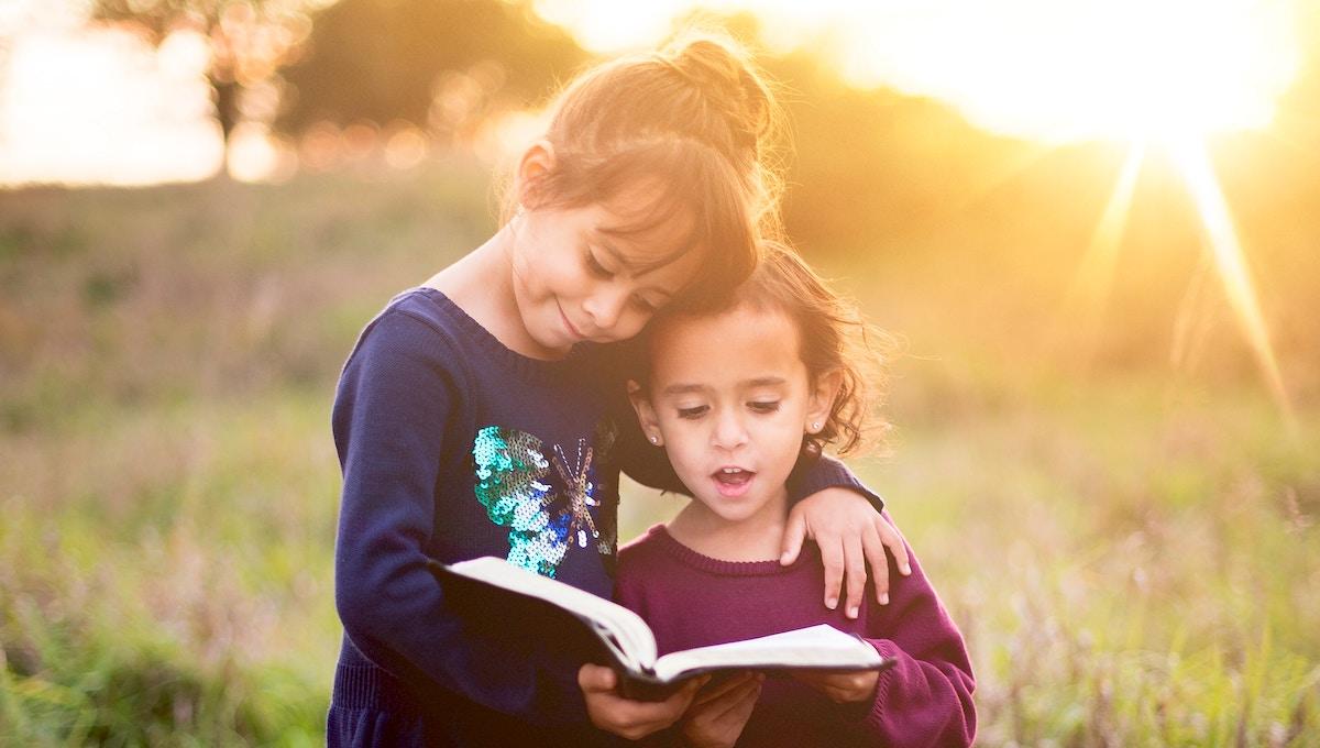 子どもに「逆読み聞かせ」! 音読させることで生まれる意外なメリット