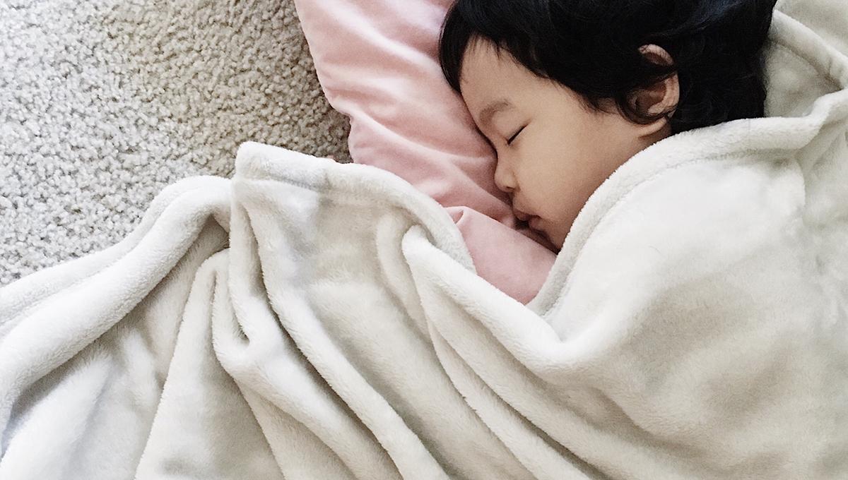 風邪の後に耳を痛がったら注意! 子どもの中耳炎
